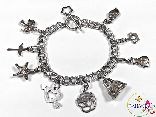 "BG ""DIVA"" Double Linked Stainless Steel Charm Bracelet."