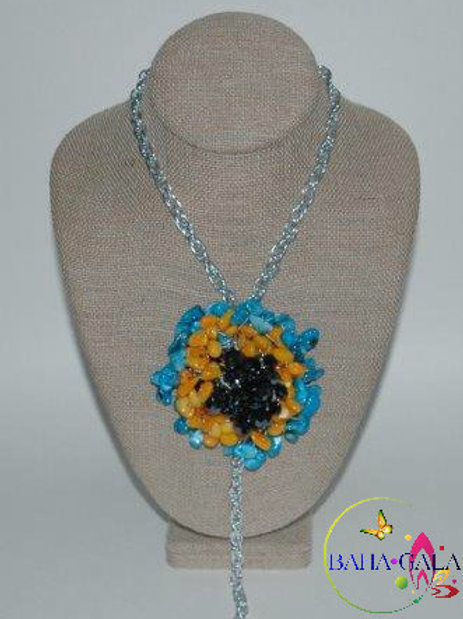 Lovely Dyed Turquoise & Yellow Mother of Pearl Chips Necklace Set
