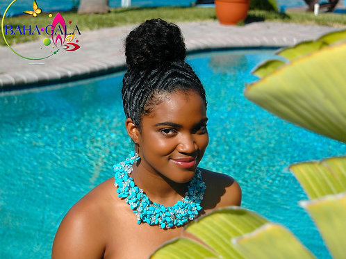 """Beautiful Turquoise & Crystals """"Crown"""" Necklace Set."""