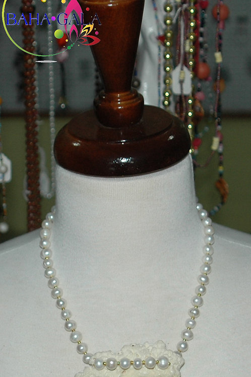 Fresheater Pearls Necklace & Earring Set.