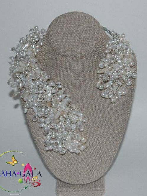 "Stunning Freshwater Pearls & Crystals ""Crown Jeweled"" Necklace & Earring"