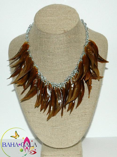 Natural Conch Horns Necklace Set.