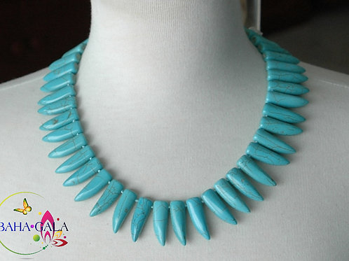 Natural Turquoise Necklace & Earring Set.