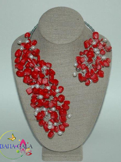 """Red Jade & Freshwater Pearls """"Crown Jeweled"""" Necklace & Earring Set."""