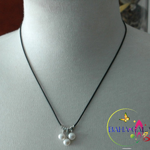 3 Drops Of Freshwater Pearls Pendant.