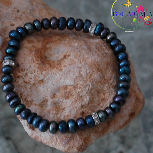Black Irridesent Freshwater Pearls & Crystals Elastic Bracelet.