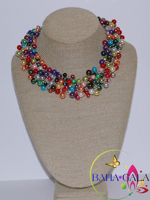Multicolored Glass Pearls Necklace Set.