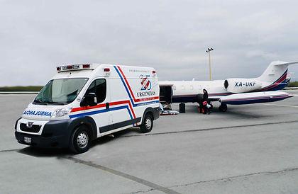 Traslado-en-ambulancia-Aeropuerto.jpg