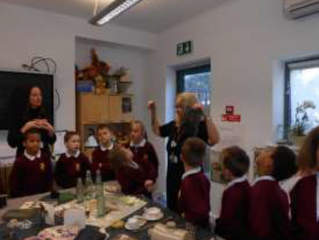 Year 2 visit the Hamstel Victorian museum
