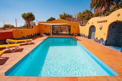 Casa Federle-Pool-Tischtennisraum