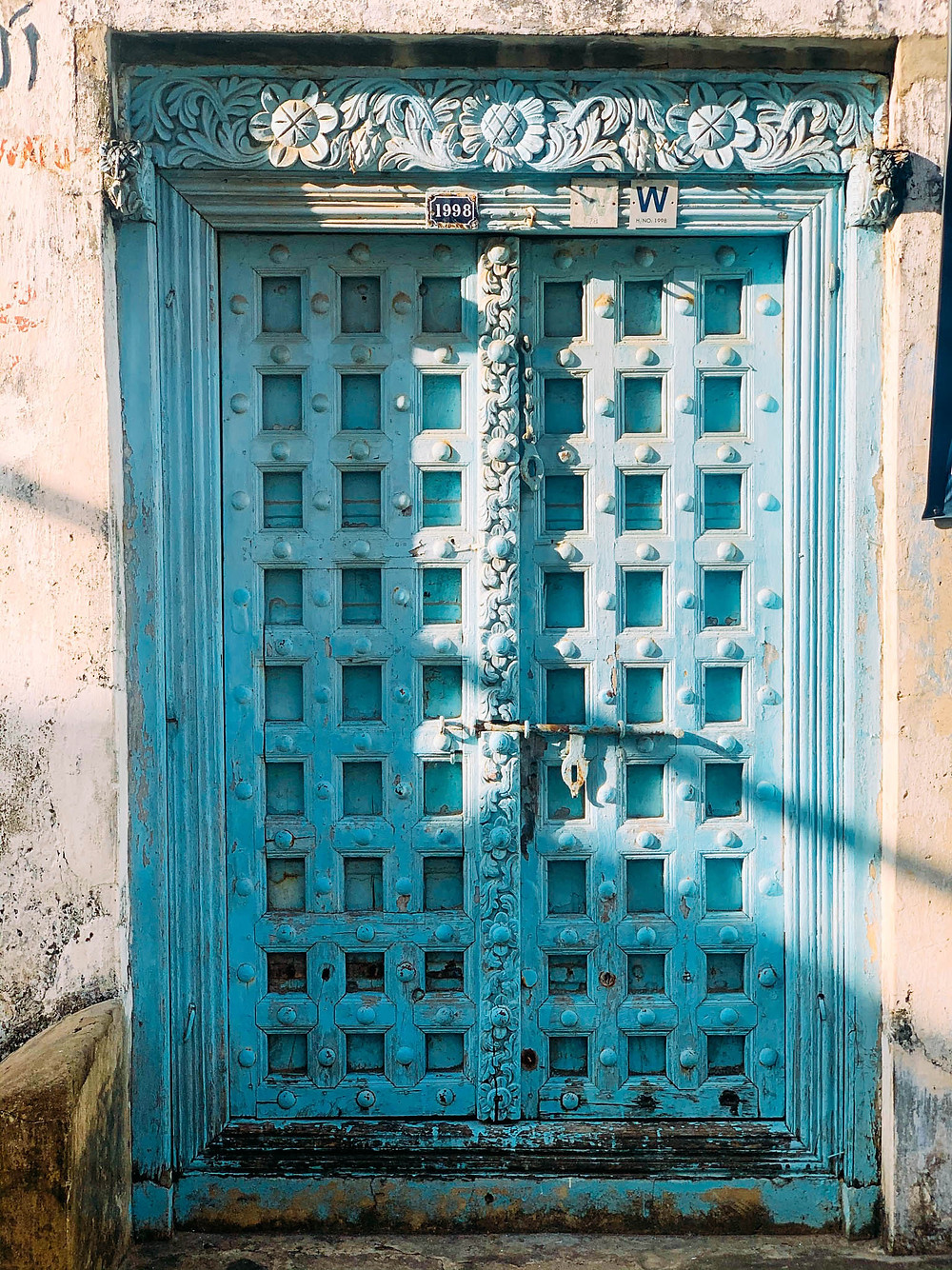 An Indian-style door, not to be confused with...