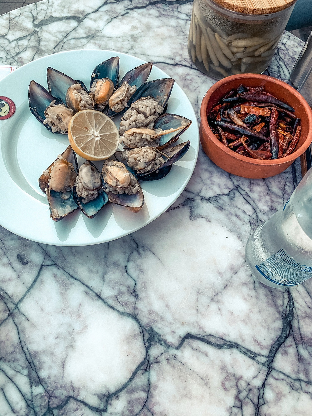 A plate of Turkish mussels