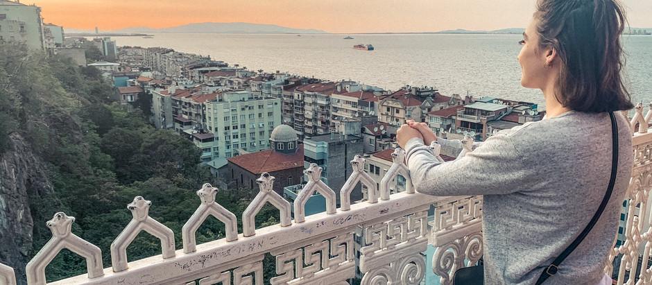 The Izmir Asansor – A City's Elevator