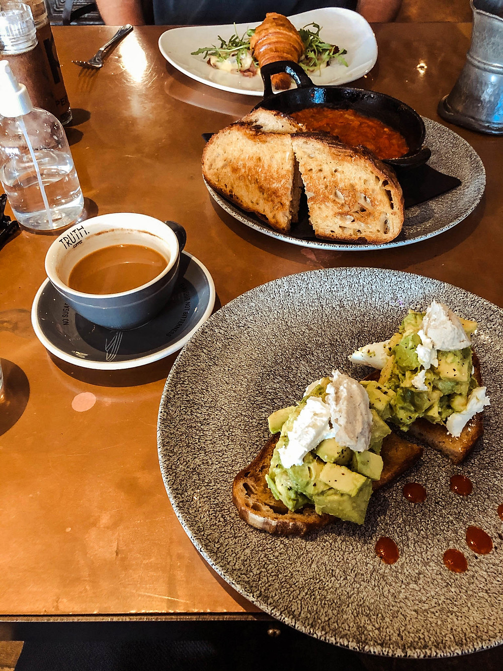 Jenna opting for the millennial-style avocado toast - basically two full avocados!