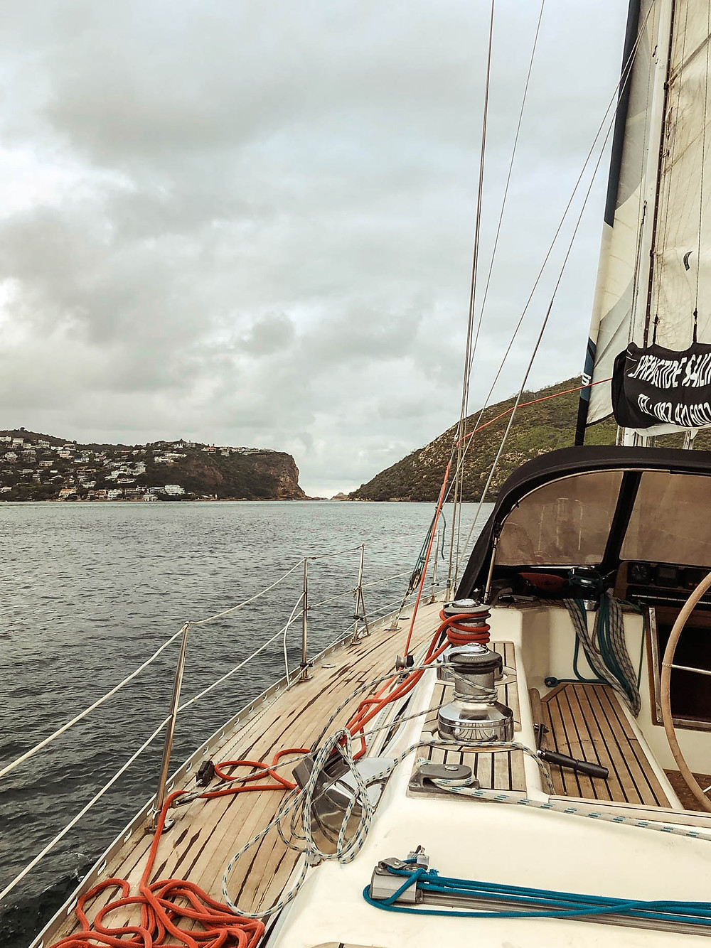 Sailing directly into the Knysna Heads - Indian Ocean on the far side