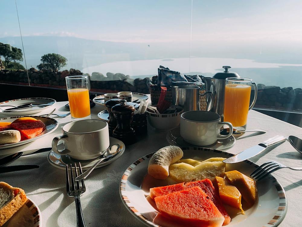 A Serena breakfast - incredible view over Ngorongoro!