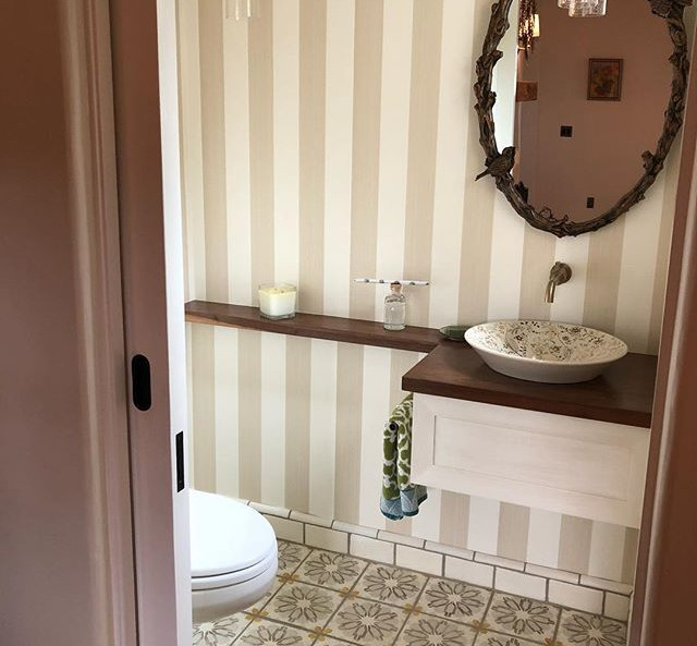 It's all about the details in this bathroom