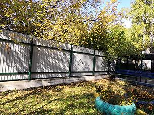 забор из профлиста с 2 лагами.jpg