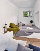 straw-bale-designrulz-bedroom-5.jpg