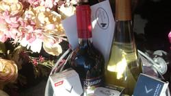 Wine, Golf Balls, Gift Certificate