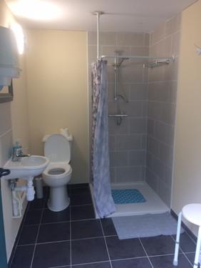 Ladies toilet and shower.JPG
