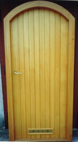 dvere_do_sklepa_1