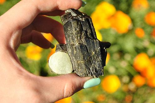 Prehnite & Epidote | Epidote | Prehnite | Green | Rock | Mineral | Crystal |