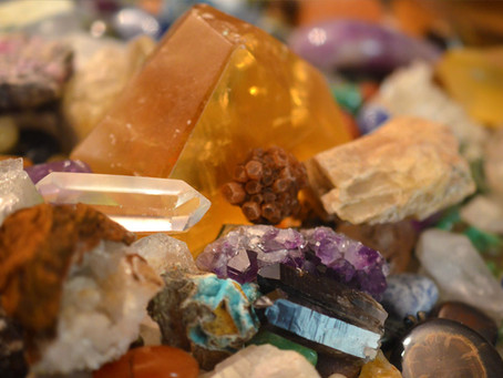 A Few Tips on Identifying Minerals BEFORE Bringing It to the Rock Shop for Help: