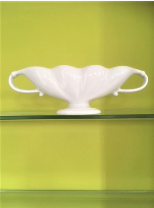 Constance Spry Grey Scallop Design Mantle Vase