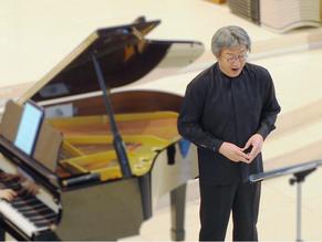 ゲストにテノール歌手・畑儀文さんをお迎えします