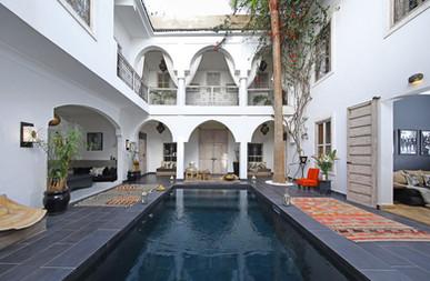 riadanyssates-patio-piscine-004.jpg