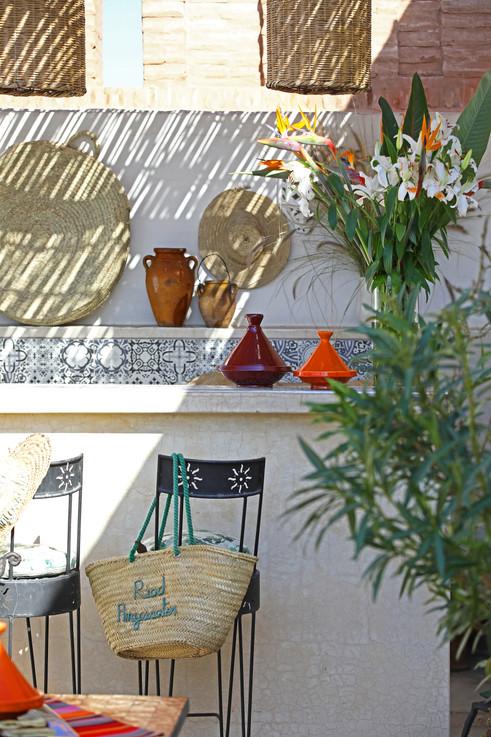 riadanyssates-terrasse-bar-004.jpg