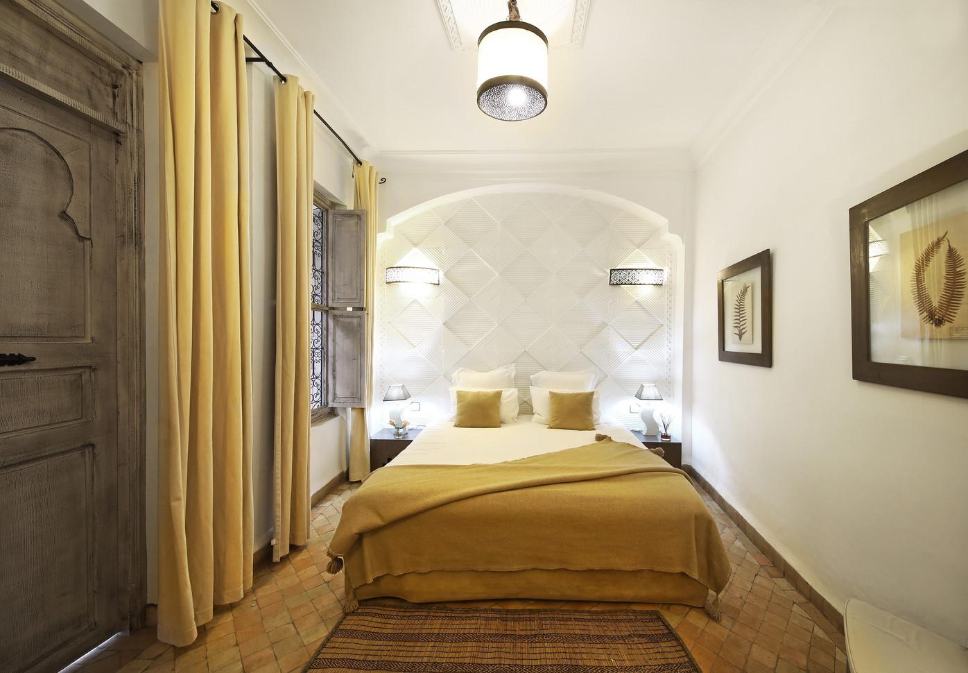 riadanyssates-chambre-cannelle-002.jpg