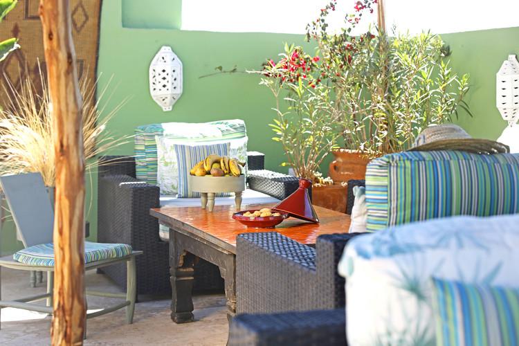 riadanyssates-terrasse-salon-002.jpg