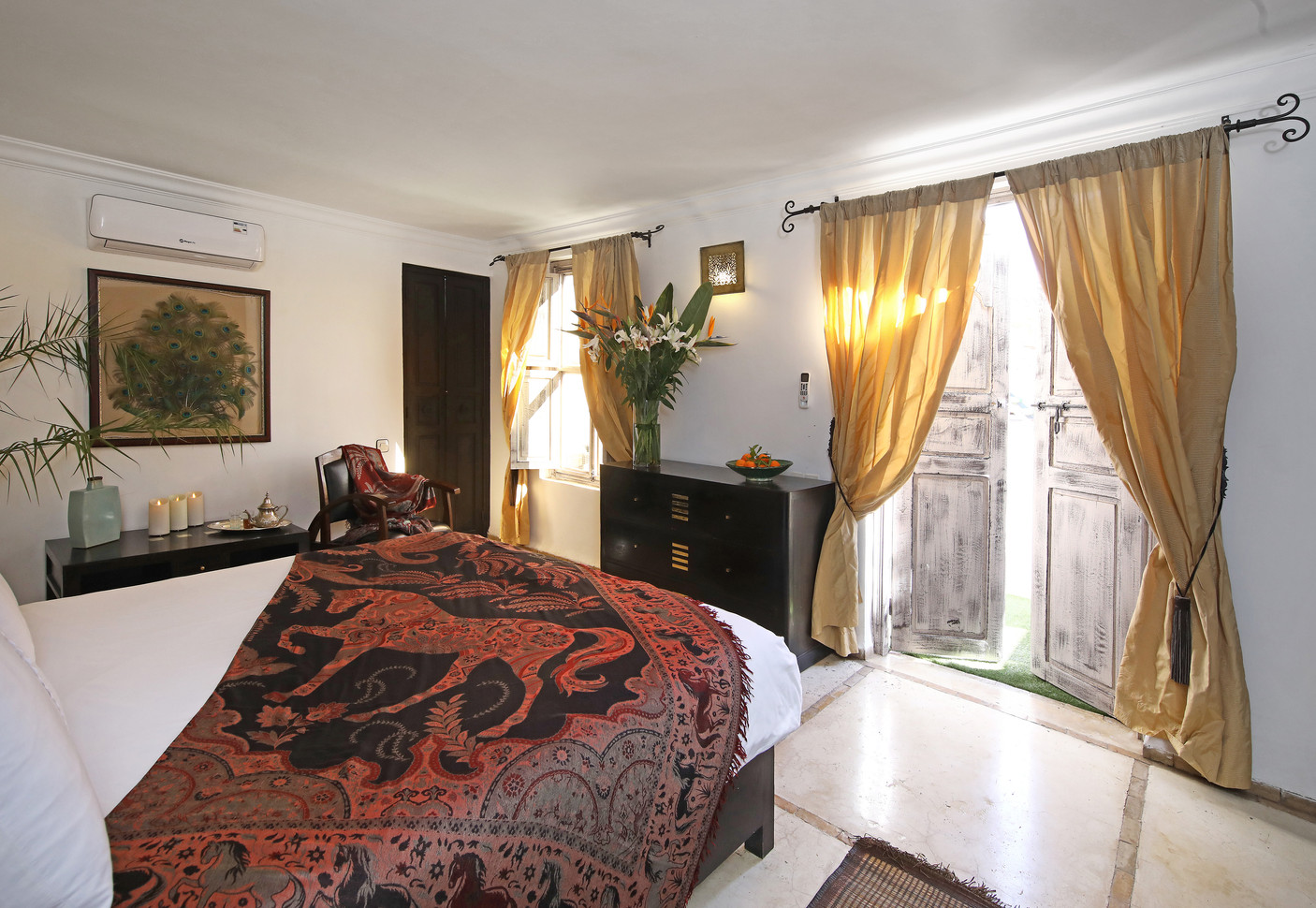 riadanyssates-suite-terrasse-002.jpg