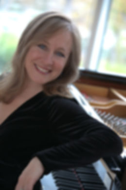Bonnie Anderson(formal photo).jpg
