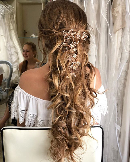 Long lasting wedding hair by our team of