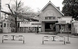 喜多見駅狛江市側改札口設置を推進します!