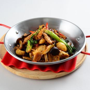 キノコの干鍋スタイル