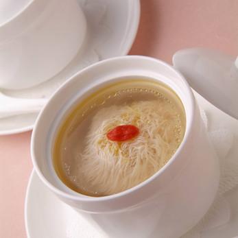 山伏茸の上湯スープ蒸し