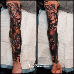 #sleevetattoo #blacktattoo #fun #wolfs #