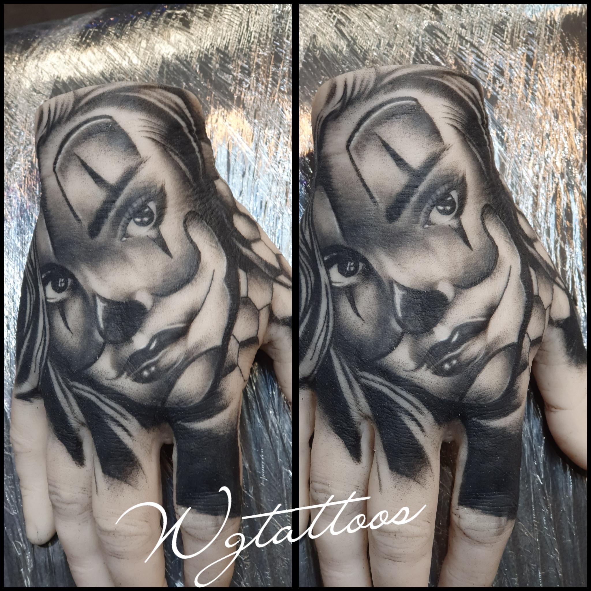 clowngirl tattoo