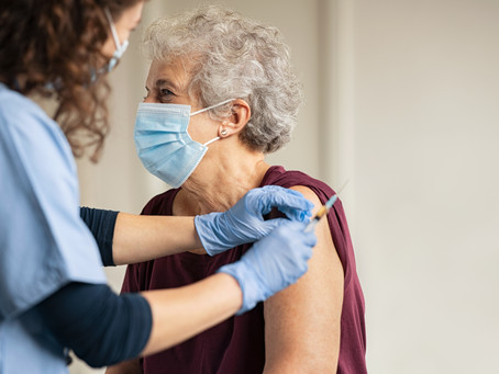 Talking to Your Aging Loved Ones About the COVID-19 Vaccine