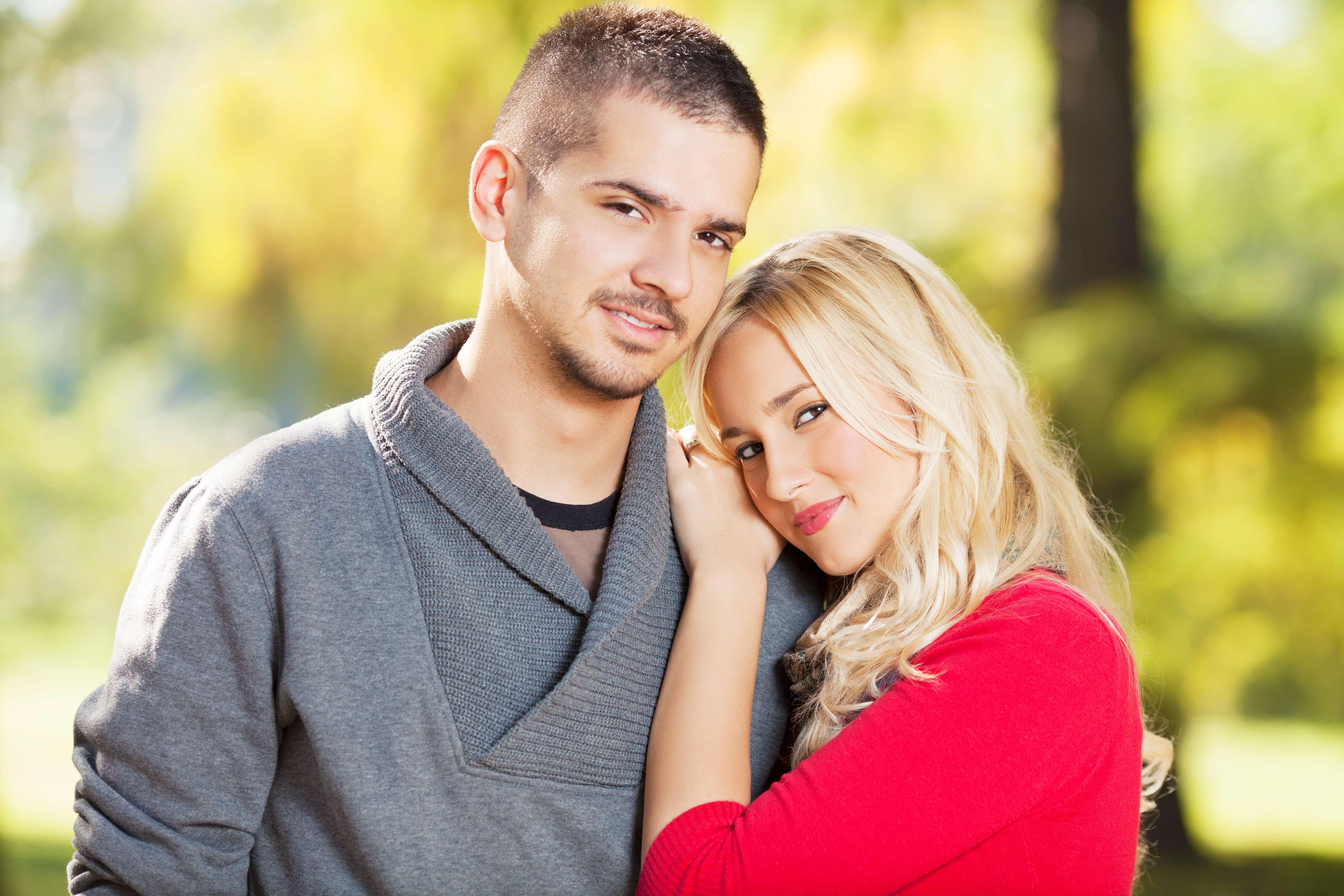 CHRIS & SAMANTHA