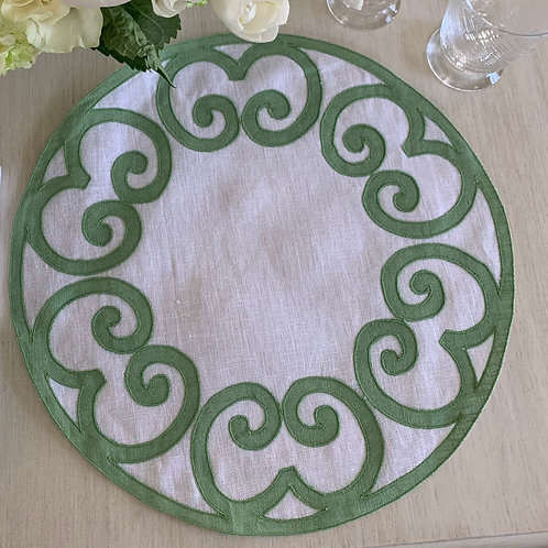 Stia Green and White Linen Placemat
