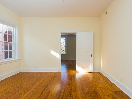 Newly Renovated Apartment Available