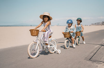 White-Banwood-Bike-and-Balance-Bikes.jpg