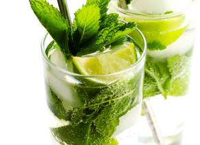 Low Calorie Cocktails and Mocktails