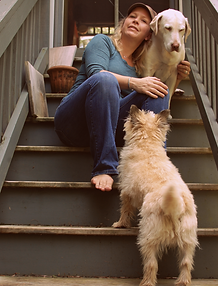 Molly A Poole w dogs.png