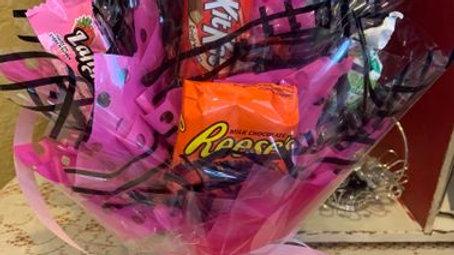 Candy Arm Bouquet